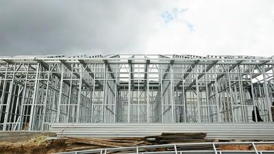 心力集团马龙蓝莓基地冷库及综合办公楼建设项目主体结构搭建顺利完成